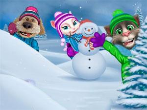 Talking Tom Playing Snowballs
